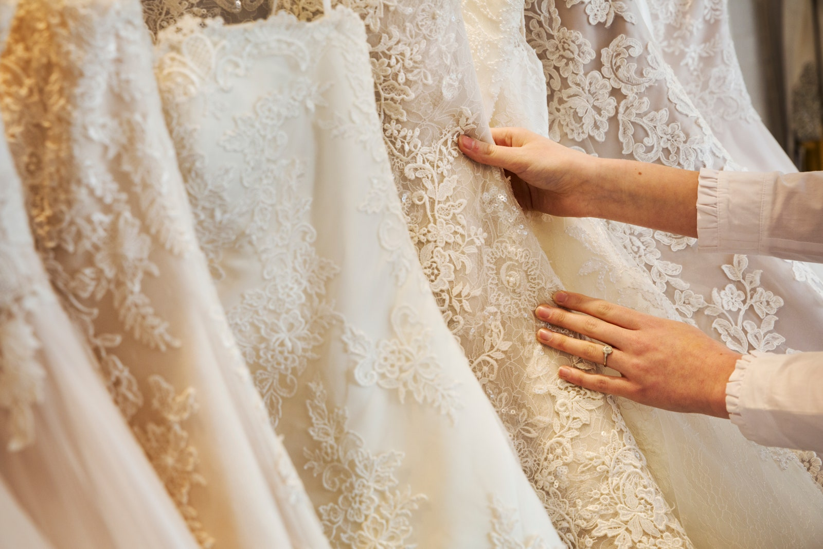 When To Buy A Wedding Dress: The Best Time To Buy1