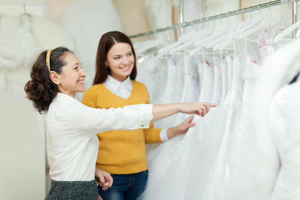 When To Buy A Wedding Dress The Best Time To Buy