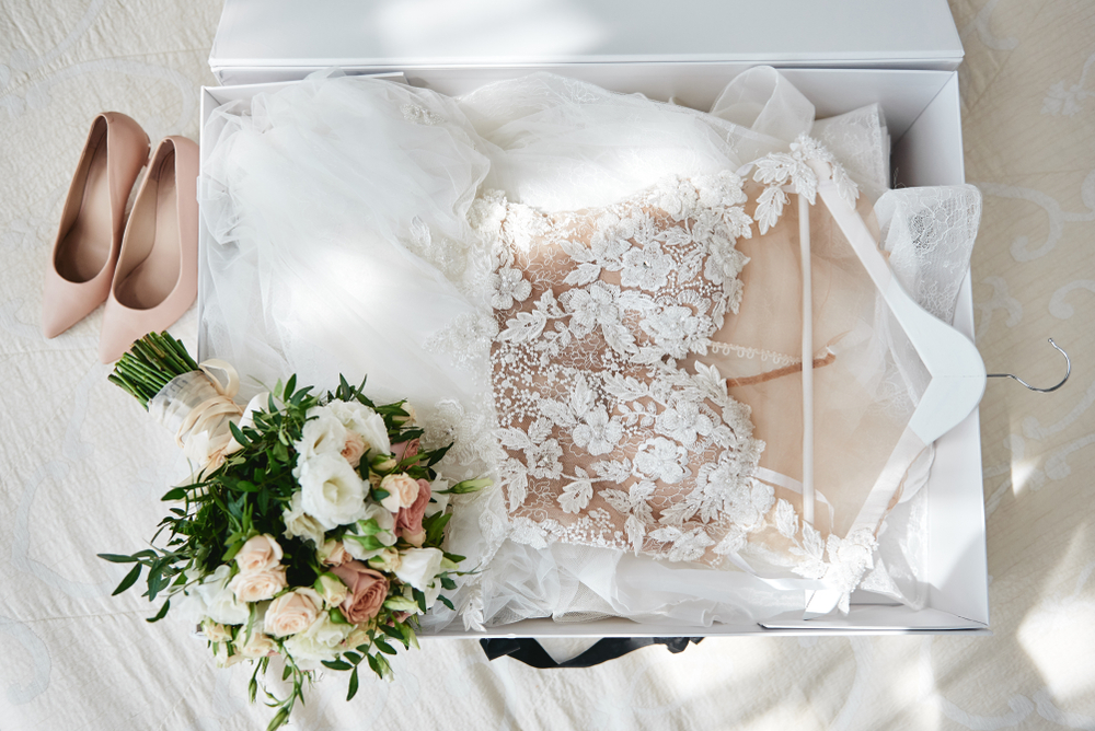 What Shoes to Wear with Lace Wedding Dresses